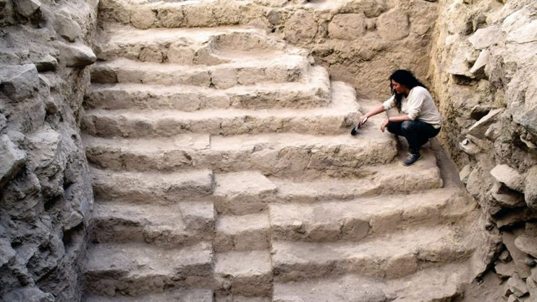 Descubren una pirámide de más de 4.000 años de antigüedad en Perú