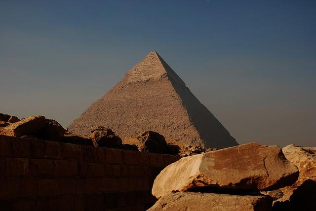 ¿Quién construyó la Gran Pirámide?