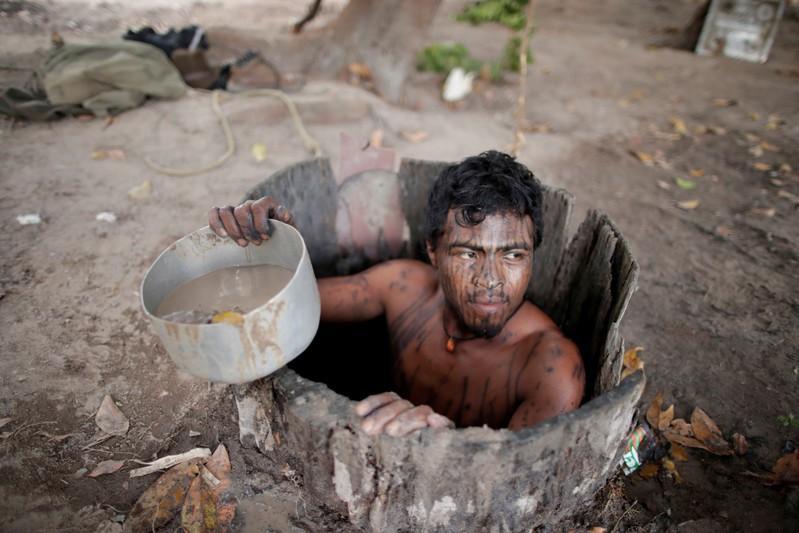 Paulo Paulino Guajajara estaba cazando el viernes 1 de noviembre dentro de la reserva de Arariboia en el estado de Maranhao cuando fue atacado y asesinado por madereros ilegales
