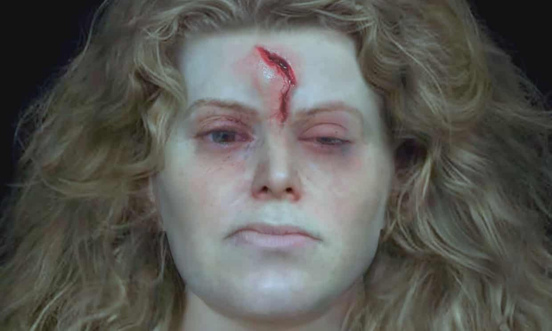 Una imagen de la reconstrucción facial del cráneo de la mujer vikinga encontrada en Solør, Noruega, muestra una gran lesión en la cabeza, posiblemente sufrida en la batalla