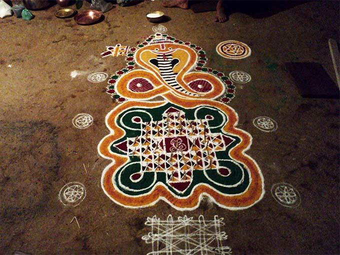 Decoración para el ritual del Nagaradhane