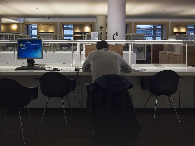 Microsoft Japón dejó de trabajar los viernes y la productividad aumentó
