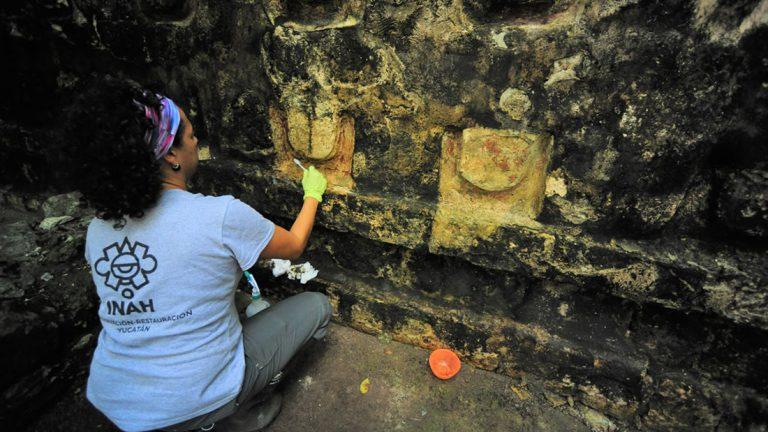 Gran Palacio Maya es descubierto en medio de la selva mexicana