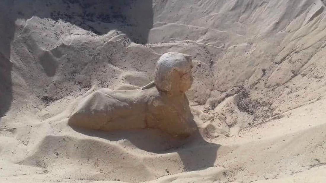 Uma nova esfinge é descoberta ao sul do Cairo, no Egito