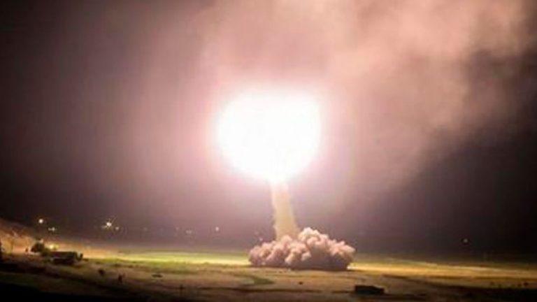 Irán ataca con decenas de misiles una base aérea de EE.UU. en Irak