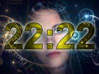 ¿Qué pasa si ves el número 22:22 repetidamente? Una «hora espejo» con significado