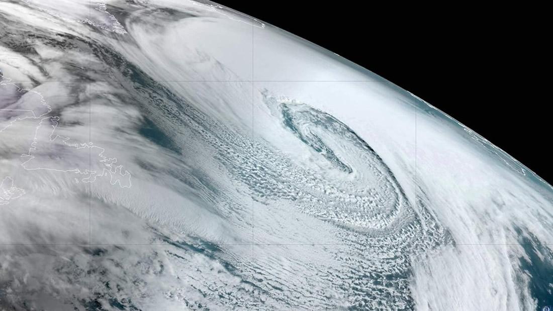 Un «ciclón bomba» se forma en el Atlántico y genera una gran advertencia climática