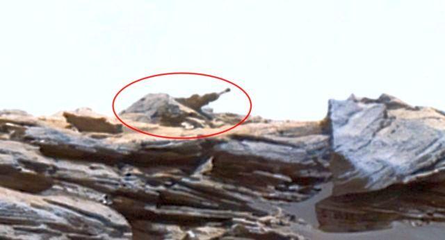 Fotografía de Curiosity revela insólita «maquinaria» en Marte