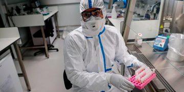 Vacuna contra el coronavirus comenzará los ensayos clínicos en cuestión de semanas