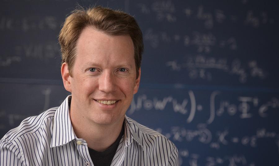 Universos paralelos existen y pronto entraremos en ellos, dice científico