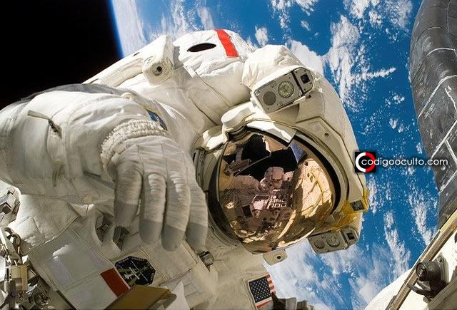 Ex director de NASA advierte: «próximo virus podría ser alienígena»