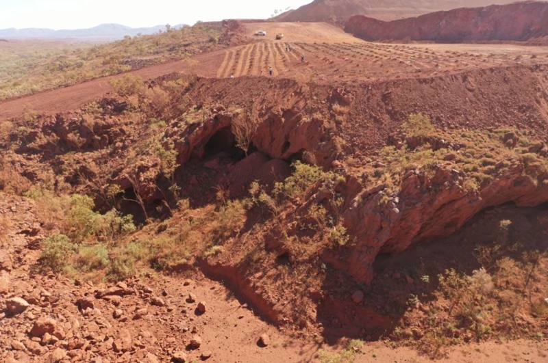 Compañía minera detona con explosivos cuevas sagradas aborígenes de 46.000 años de antigüedad en Australia