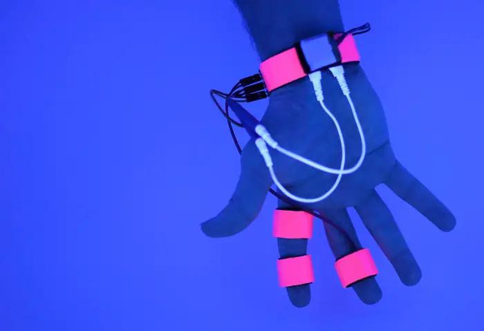 Laboratorio del MIT está construyendo dispositivos para «hackear» tus sueños