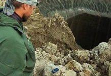 «Puerta al Inframundo» está creciendo mientras las regiones más frías de Siberia se queman