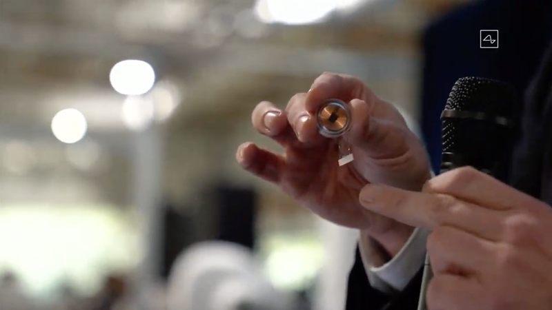 El chip implantado en el cerebro que hará del humano una «máquina» casi perfecta