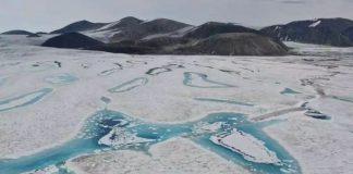 Última plataforma intacta de hielo de Canadá acaba de colapsar
