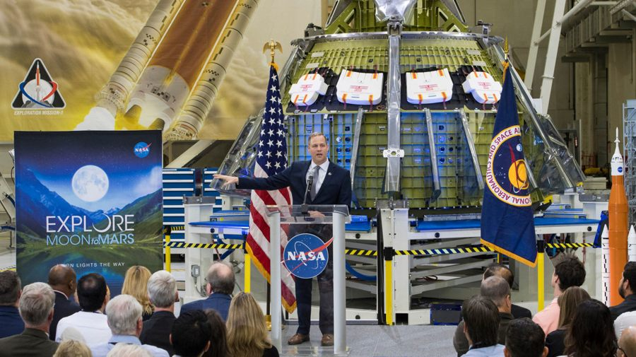 NASA busca compañías privadas para extraer recursos de la Luna
