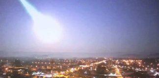 Meteoro causa enorme explosión en el cielo de Rio Grande do Sul en Brasil
