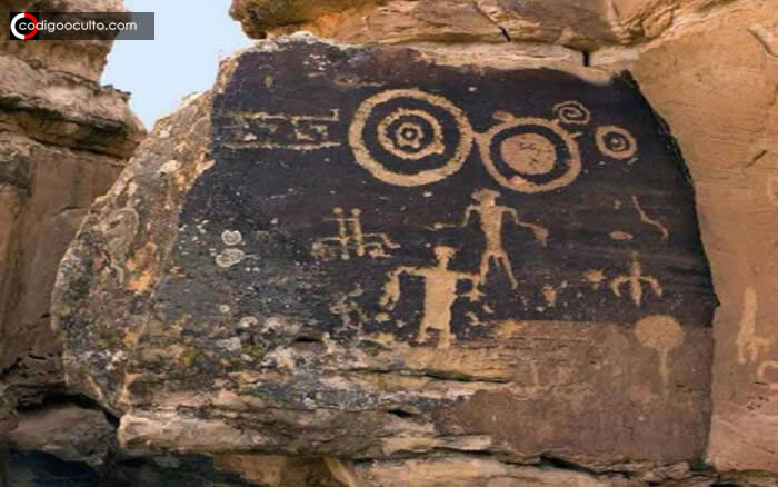 Ancianos indígenas y sus historias sobre «gente de las estrellas» que viven dentro de la Tierra