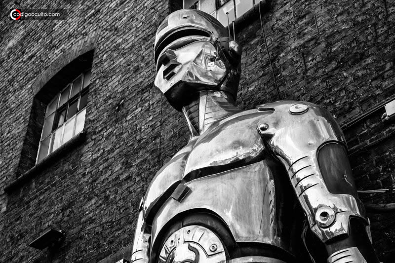 Revolución de los robots: Humanos y robots se repartirán trabajos por igual en 2025