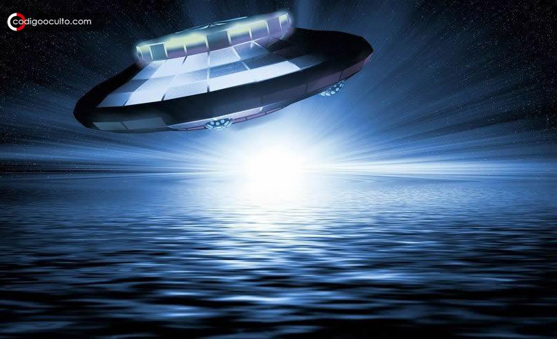 """¿Se libra una """"guerra secreta"""" entre submarinos y naves alienígenas en el océano? Archivos filtrados lo revelarían"""
