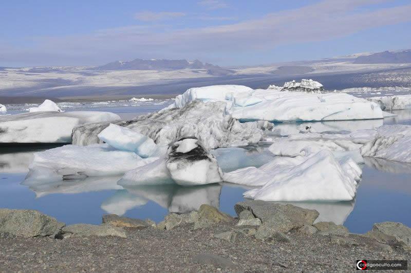 Derretimiento del ártico está «despertando» a microbios completamente desconocidos