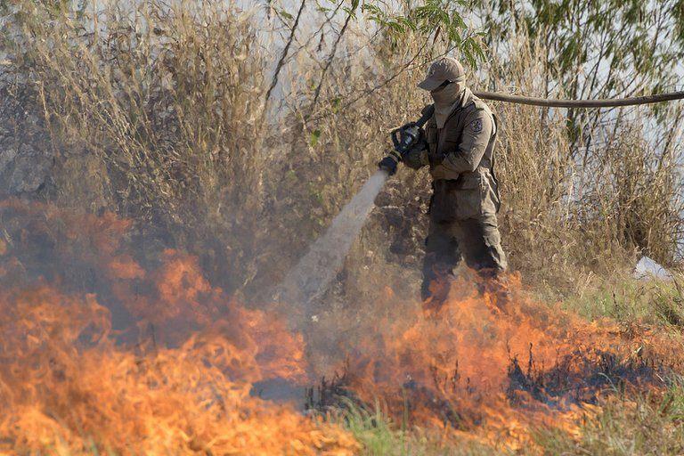 Incendios en Amazonía brasileña aumentaron un 120 % en octubre