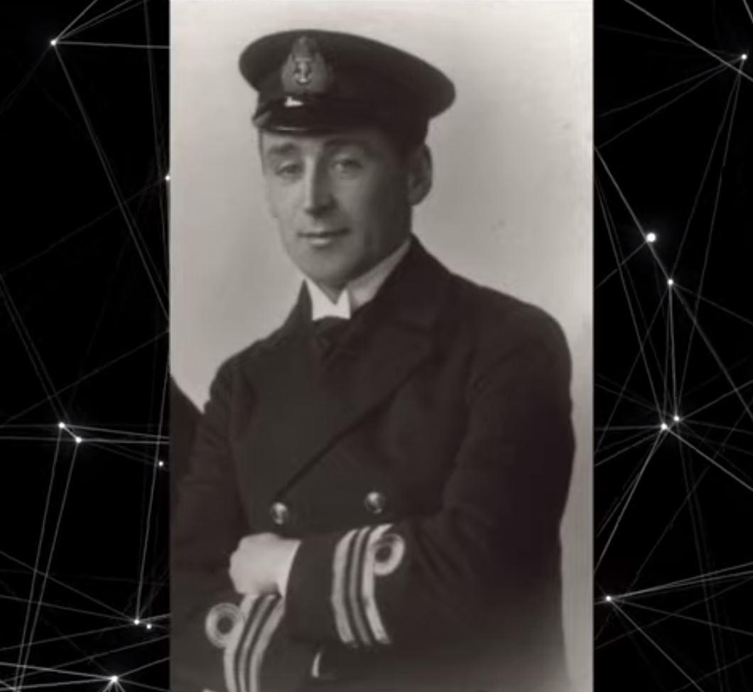 Oficial de la Marina afirmó que una presencia desconocida le salvó la vida