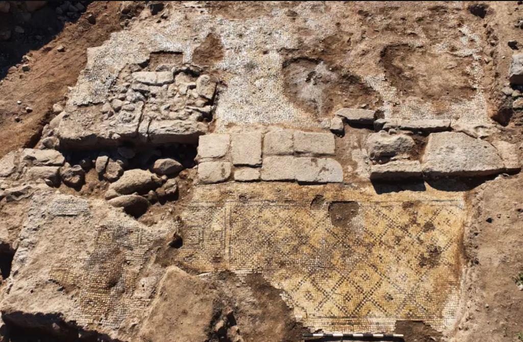 Inscripción «Cristo, nacido de María» de 1.500 años es hallada en Israel