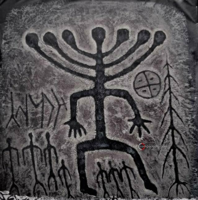 Deidad «Hidra» de siete cabezas adorada en civilizaciones antiguas de todo el mundo
