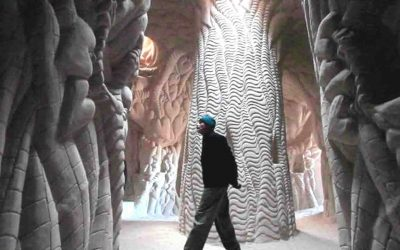 """Hombre pasó 25 años en una cueva, y creó una """"maravilla"""" dentro (VÍDEO)"""
