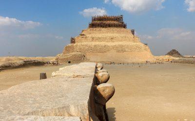 Pirámide oculta en Saqqara: cerca de la Pirámide más antigua de Egipto