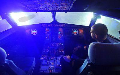 Vuelo AAL 2292: Objeto cilíndrico a alta velocidad se acerca a avión de pasajeros sobre Nuevo México