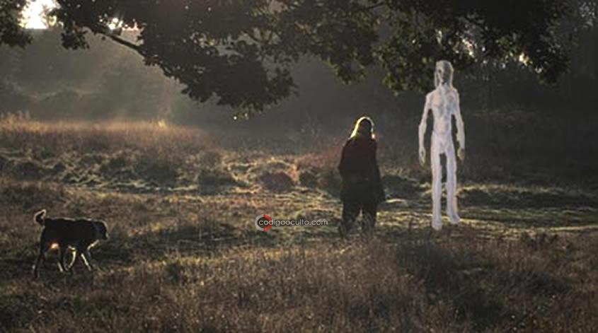 Hall narró haber tenido contacto con los extraterrestres Altos Blancos.