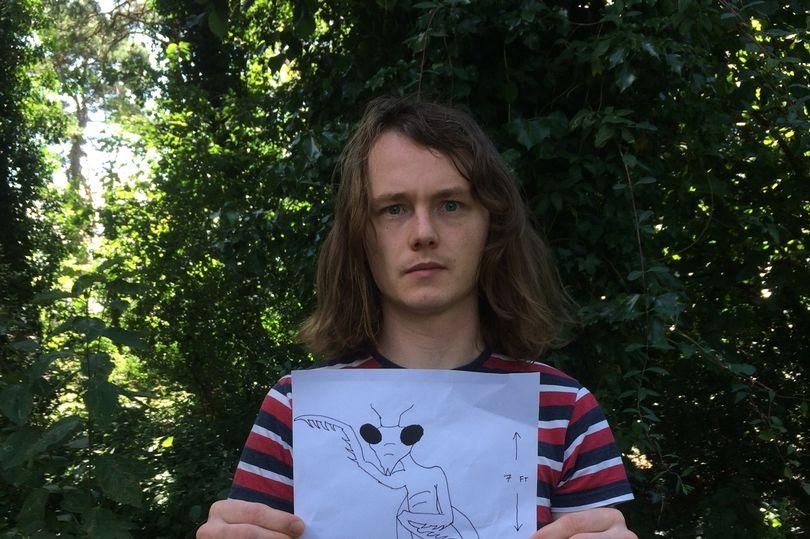 Paul Froggatt y el dibujo de un alienígena mantis insectoide