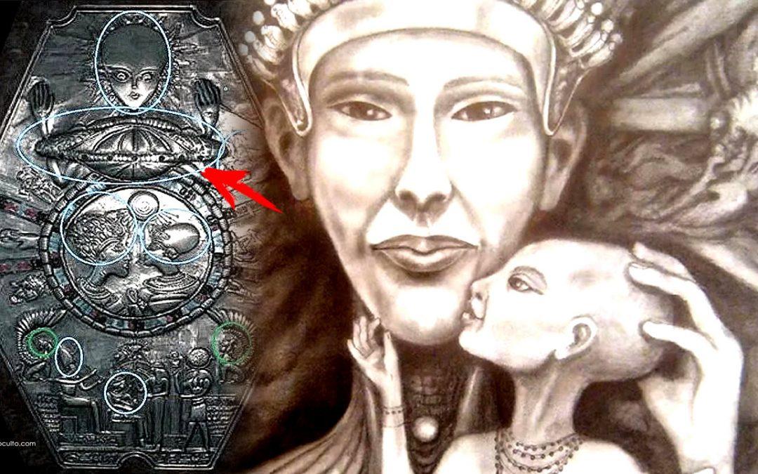 ¿Fue Akenatón un híbrido alienígena? El retrato de un extraño Faraón