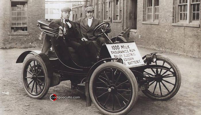 Auto donde Edison instaló la batería por primera vez