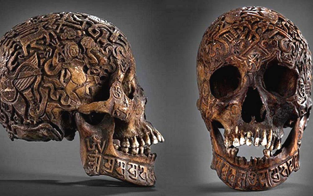 La enigmática e impresionante calavera tallada del Tíbet (VÍDEO)