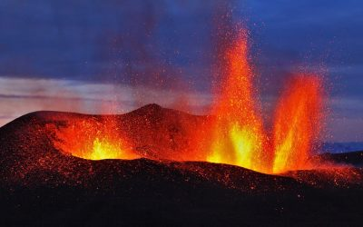 Enjambre de 20.000 sismos podría hacer entrar en erupción a volcanes de Islandia