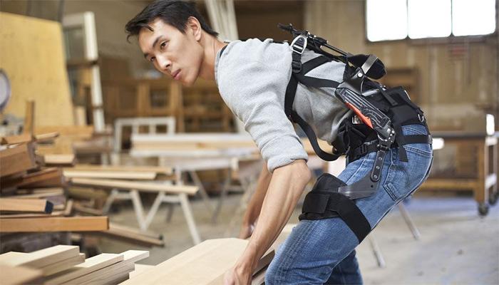 Los exoesqueletos ayudarían a la industria a mejorar en casi todos sus aspectos productivos