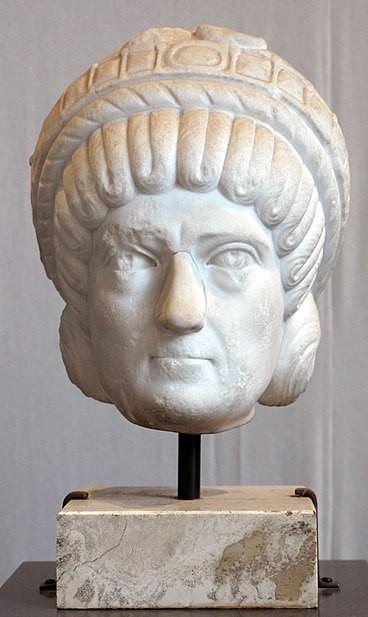 Posible retrato de Galla Placidia (museo del Alto Medievo, Roma)
