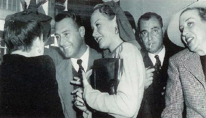Hilda Krüger junto a personalidades mexicanas