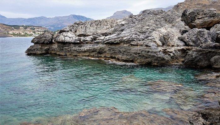 Costa fósil alrededor de Creta, que muestra el aumento del nivel del suelo