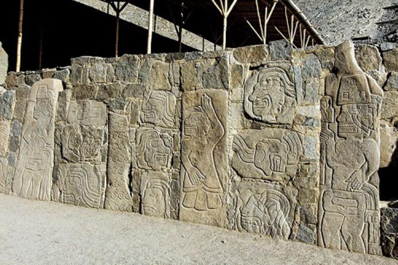 Estela de los guerreros de Sechín, que guarda aún muchos secretos, en cuánta interpretación