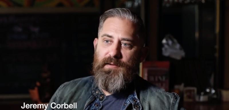 El Cineasta Jeremy Corbell, hoy convertido en un divulgador valioso