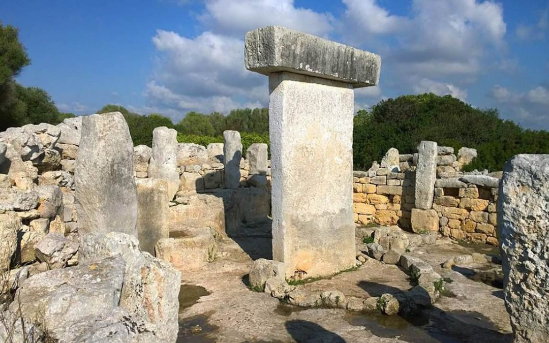 Los enigmáticos megalitos de Taula en Menorca – ¿Quién los construyó? (VÍDEO)