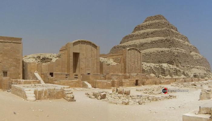 Complejo del Sol y la pirámide de Zoser