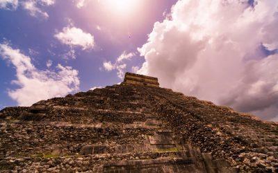 Tres ancestrales Pirámides construidas sobre otras Pirámides más antiguas