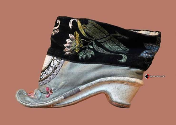 Zapato chino para pie vendado, siglo XVIII