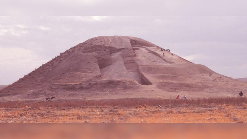 El antiguo monumento de guerra se parecía un poco a la pirámide escalonada de Zoser en Egipto